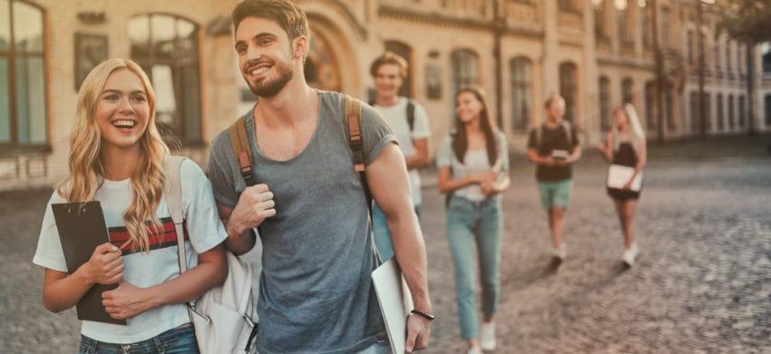 Vrei să studiezi într-o țară străină? Alege Marea Britanie!